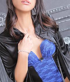 船橋デリヘル 風俗 人妻デリバリーヘルス『秘密倶楽部 凛 船橋店』新人モデル綾の写真