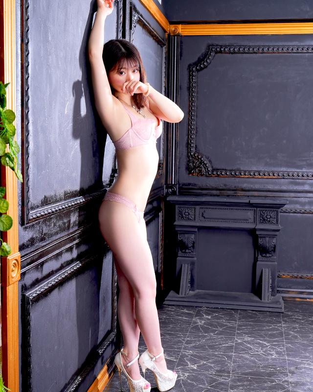 船橋デリヘル 風俗 人妻デリバリーヘルス『秘密倶楽部 凛 船橋店』月帆さんのプロフィール写真3