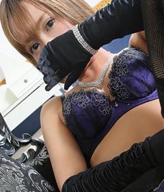 船橋デリヘル 風俗 人妻デリバリーヘルス『秘密倶楽部 凛 船橋店』新人モデルトモの写真