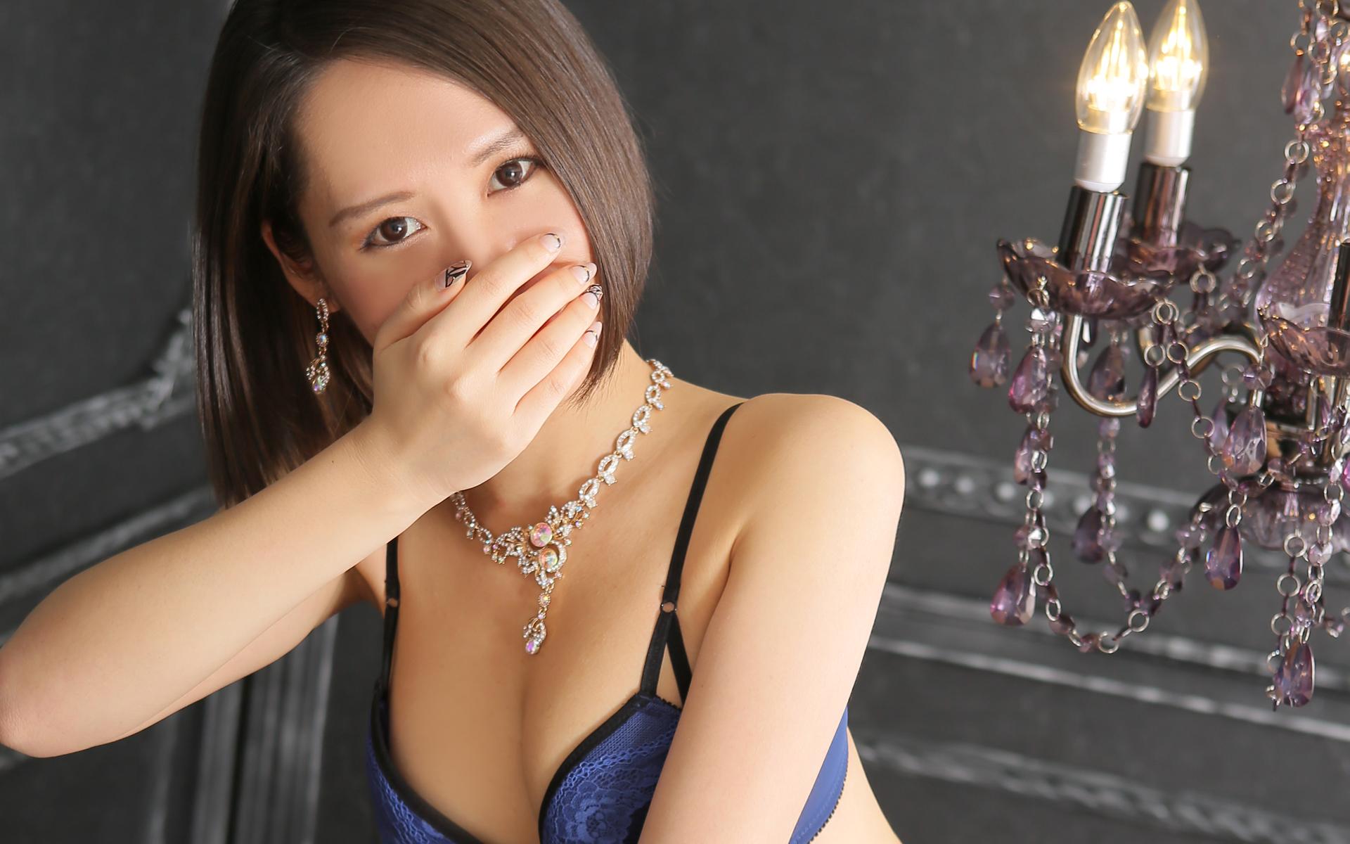 船橋デリヘル 風俗 人妻デリバリーヘルス『秘密倶楽部 凛 船橋店』