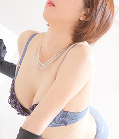 船橋デリヘル 風俗 人妻デリバリーヘルス『秘密倶楽部 凛 船橋店』新人モデルゆきなの写真