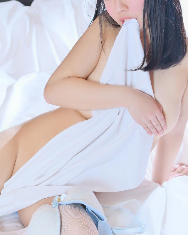 千葉風俗『秘密倶楽部 凛 千葉店』ひまりさんのプロフィール写真5