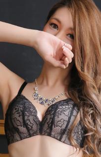 千葉風俗『秘密倶楽部 凛 千葉店』明美の写真