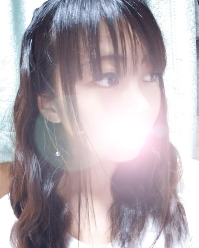千葉風俗『秘密倶楽部 凛 千葉店』モデルゆなさんのプロフィール写真1
