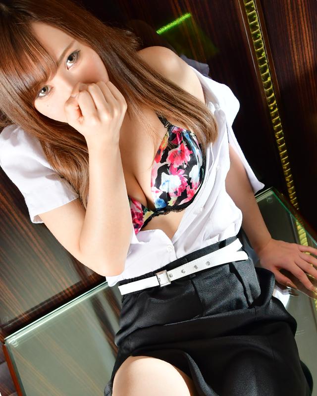 千葉風俗『秘密倶楽部 凛 千葉店』澪さんのプロフィール写真4