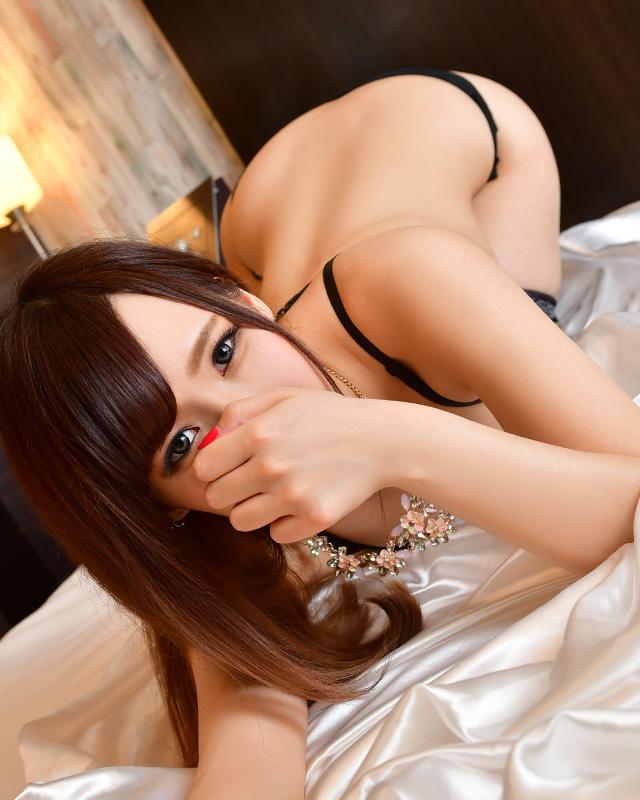 千葉風俗『秘密倶楽部 凛 千葉店』澪さんのプロフィール写真5