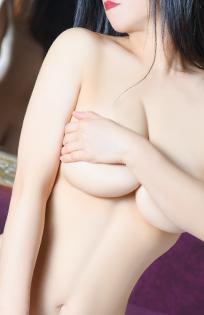 千葉風俗『秘密倶楽部 凛 千葉店』千里の写真