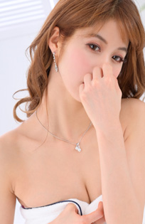 千葉風俗『秘密倶楽部 凛 千葉店』みうの写真