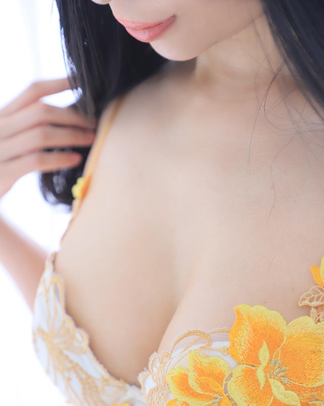 千葉風俗『秘密倶楽部 凛 千葉店』かれんさんのプロフィール写真1